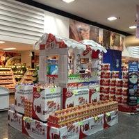 Photo taken at Supermercados Pague Menos by Edson Luiz on 5/11/2013