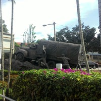 Photo taken at WW2 Anti Japanese Monument (檳榔嶼華僑抗戰紀念碑) by Yus Z. on 12/6/2014