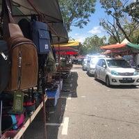Photo taken at Lorong Kulit Flea Market (Pasar Lambak) by debtdash on 9/12/2018