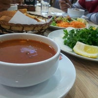 3/27/2013 tarihinde Ufuk G.ziyaretçi tarafından Konyalı Hacı Usta'de çekilen fotoğraf