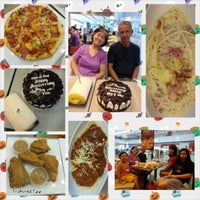 Photo taken at Greenwhich - Robinsons Townmall Malabon by Tisha T. on 10/31/2014