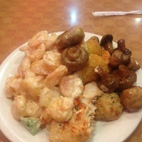 Photo taken at Teppanyaki Grill & Supreme Buffet by Nick V. on 7/6/2013