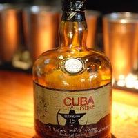 Foto tomada en Cuba Libre Restaurant & Rum Bar - Orlando por Aimee T. el 4/25/2018