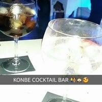 Foto tomada en Konbe Bar por Gerard R. el 7/24/2015