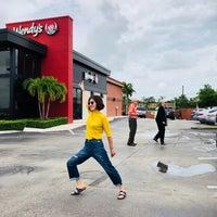Photo taken at Wendy's by Hahee Y. on 6/10/2018