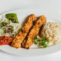 Photo taken at Uskudar Turkish Restaurant by Engin B. on 1/6/2017
