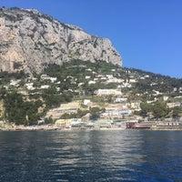 Foto scattata a Marina Piccola di Capri da Kenny il 4/20/2018