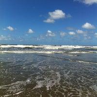 Photo taken at Praia do Sonho by Pri R. on 3/29/2013
