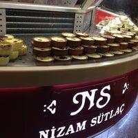 3/7/2013 tarihinde Akın A.ziyaretçi tarafından Nizam Pide Salonu'de çekilen fotoğraf