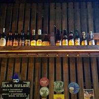 3/23/2016 tarihinde Ugur D.ziyaretçi tarafından Sheffield Pub'de çekilen fotoğraf