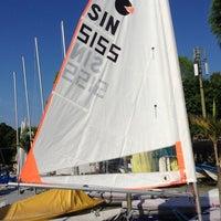 Das Foto wurde bei National Sailing Centre von ,7TOMA™®🇸🇬 S. am 11/17/2012 aufgenommen