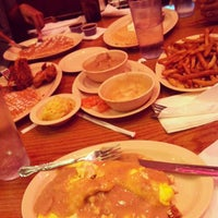 Photo taken at Roscoe's House of Chicken and Waffles - Long Beach by Rex T. on 5/27/2013