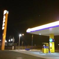 Photo taken at Jet Tankstelle by Sven B. on 2/27/2013