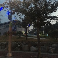 Photo taken at 생막창vs양념곱창 by Deric A. on 10/15/2016