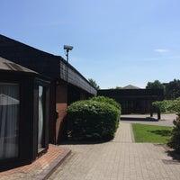 Photo taken at Hilton Warwick / Stratford-upon-Avon by Bandy M. on 5/17/2014