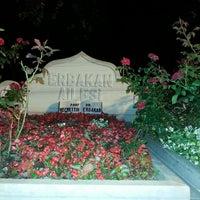 รูปภาพถ่ายที่ Erbakan Ailesi Kabristanlığı โดย Este Sağlık S. เมื่อ 7/19/2013