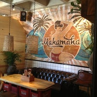 7/13/2013にAnna C.がMakamaka Beach Burger Caféで撮った写真
