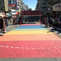 Photo taken at Bakırköy Özgürlük Meydanı by Hakan on 9/12/2013