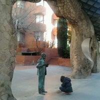 Foto tomada en Puerta de Gaudí por Ramon L. el 2/23/2014