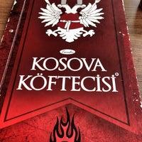 4/19/2015 tarihinde 👑Gözdeziyaretçi tarafından Tarihi Kosova Köftecisi'de çekilen fotoğraf