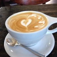 Foto tirada no(a) Southside Espresso por Mason D. em 5/13/2013