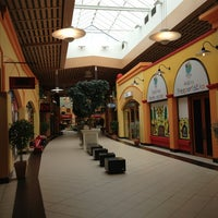 Photo taken at Freeport Fashion Outlet by mosg on 6/11/2013
