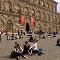 Foto scattata a Piazza dei Pitti da Benedetto C. il 5/18/2013