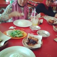 Photo taken at Pecel Lele Mbak Mar by Septi M. on 9/21/2013