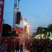 Photo taken at ตลาดสดพระประแดง by Thanpisit Y. on 4/19/2014