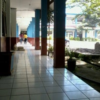 Photo taken at Fakultas Ekonomi UNIMA by Novella B. on 8/2/2013