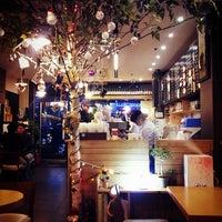 Photo taken at EDIYA COFFEE by DongJu K. on 12/8/2013