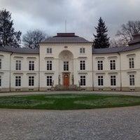 Photo prise au Pałac Myślewicki par Frank M. le12/22/2017