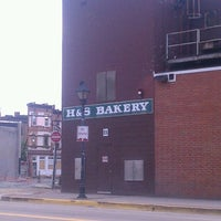 Photo taken at H&S Bakery Outlet Store by Diondra D. on 5/9/2013