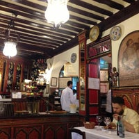 Photo taken at Restaurante Botín by Choduraa S. on 4/26/2013