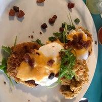 Foto scattata a Sassafras American Eatery da Jim B. il 4/13/2018