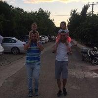 Photo taken at Yeşil Dardanos Tatil Sitesi by Behzat G. on 6/21/2017