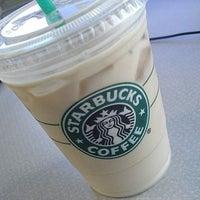 3/29/2013 tarihinde KuBossziyaretçi tarafından Starbucks'de çekilen fotoğraf
