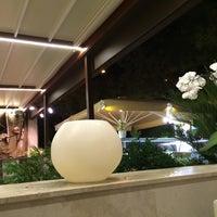 Foto tomada en Restaurant Aradi por Javier M. el 8/18/2014
