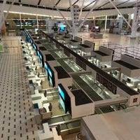 Foto tirada no(a) Aeroporto International da Cidade do Cabo (CPT) por Wynand B. em 8/11/2013