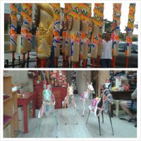 Photo taken at Tung Fatt temple Tabuan by Marilyn Cindy J. on 8/2/2013