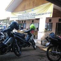 Photo taken at Kantor SAMSAT Arga Makmur by Ankgoro B. on 6/14/2013