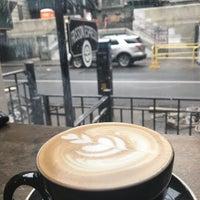 Photo prise au Frisson Espresso par Diego U. le12/18/2017