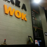 Photo prise au Take a Wok par Carmen R. le3/7/2013