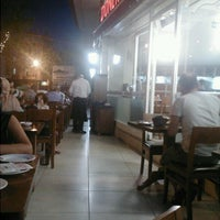 7/29/2013 tarihinde Tuğçe A.ziyaretçi tarafından Dönerci İbrahim Usta'de çekilen fotoğraf