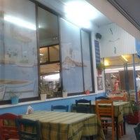 8/27/2013 tarihinde Kristina X.ziyaretçi tarafından Ψαροταβερνα Κουκλις / Kouklis Restaurant'de çekilen fotoğraf