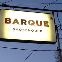 4/4/2013 tarihinde Alison S.ziyaretçi tarafından Barque Smokehouse'de çekilen fotoğraf