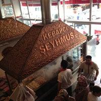 5/10/2013 tarihinde Dorukhan S.ziyaretçi tarafından Kebapçı Şeyhmus'de çekilen fotoğraf