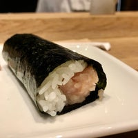 Foto tirada no(a) KazuNori: The Original Hand Roll Bar por Sharon em 10/24/2017