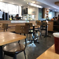 7/7/2018にArthur D.がIrving Farm Coffee Roastersで撮った写真