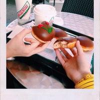 Снимок сделан в Krispy Kreme пользователем Люба 5/10/2015